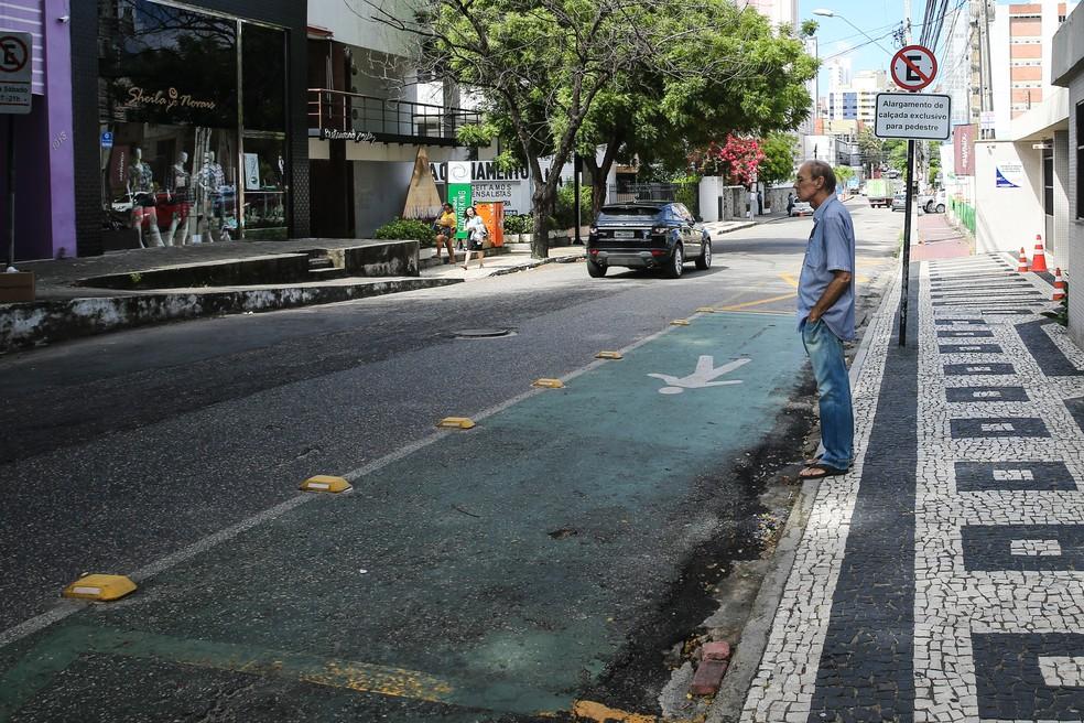 Objetivo das faixas verdes é dar mais segurança aos pedestres, afirma AMC — Foto: Helene Santos/G1