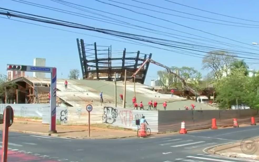 Novo terminal de Rio Preto está sendo construído (Foto: Reprodução/TV TEM)
