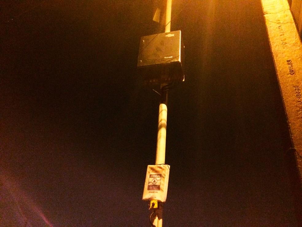 Terceira sirene foi acionado na Rua Mamede, localizada no Alto da Terezinha, no Subúrbio Ferroviário (Foto: Dalton Soares/TV Bahia)
