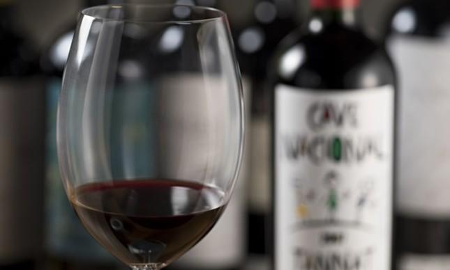 Cave Nacional: descontos em vinhos