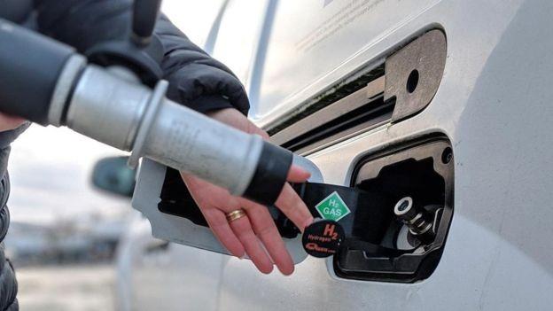 As Ilhas Orkney têm cinco caminhonetes movidas a hidrogênio, combustível que não emite gases de efeito estufa nem poluição (Foto: ALAMY)