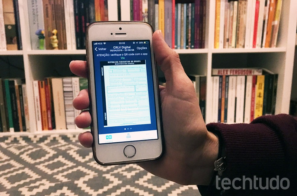 clrv-digital #Dica: Você já conhece como funciona o CRLV Digital? Aprenda como baixar e usar o documento no app.