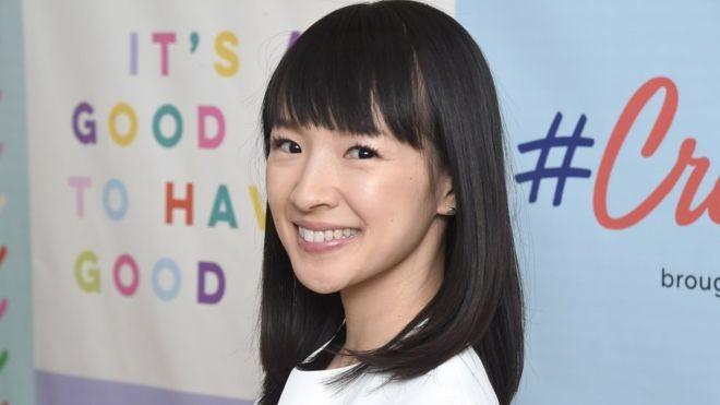 A japonesa Marie Kondo, de 34 anos, se transformou em um fenômeno mundial com suas dicas de organização (Foto: Getty Images via BBC News Brasil)