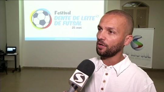Reunião discute detalhes e as novidades do 25° Festival Dente de Leite de Futsal