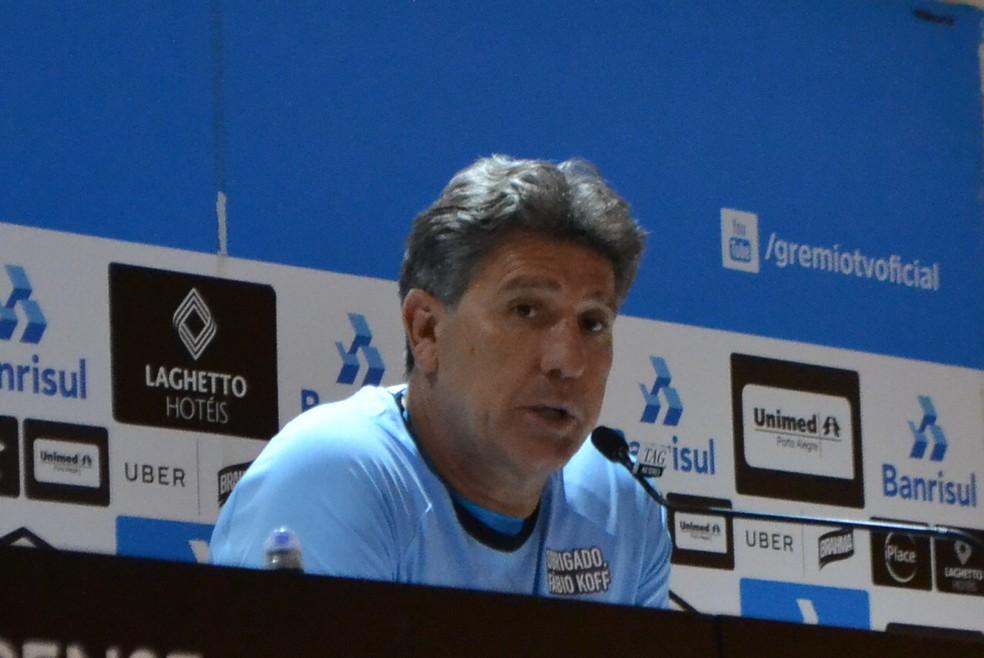 Técnico do Grêmio não gostou do desempenho do Inter (Foto: Eduardo Moura)