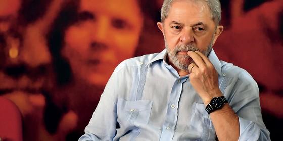 SEM JOGO DUPLO Um Lula 3 teria problemas com a direita e com a esquerda (Foto: Nelson Almeida/Afp)