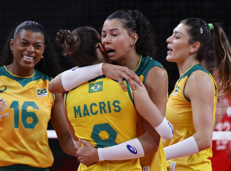 Brasil x Rússia vôlei Olimpíadas — Foto: REUTERS/Valentyn Ogirenko
