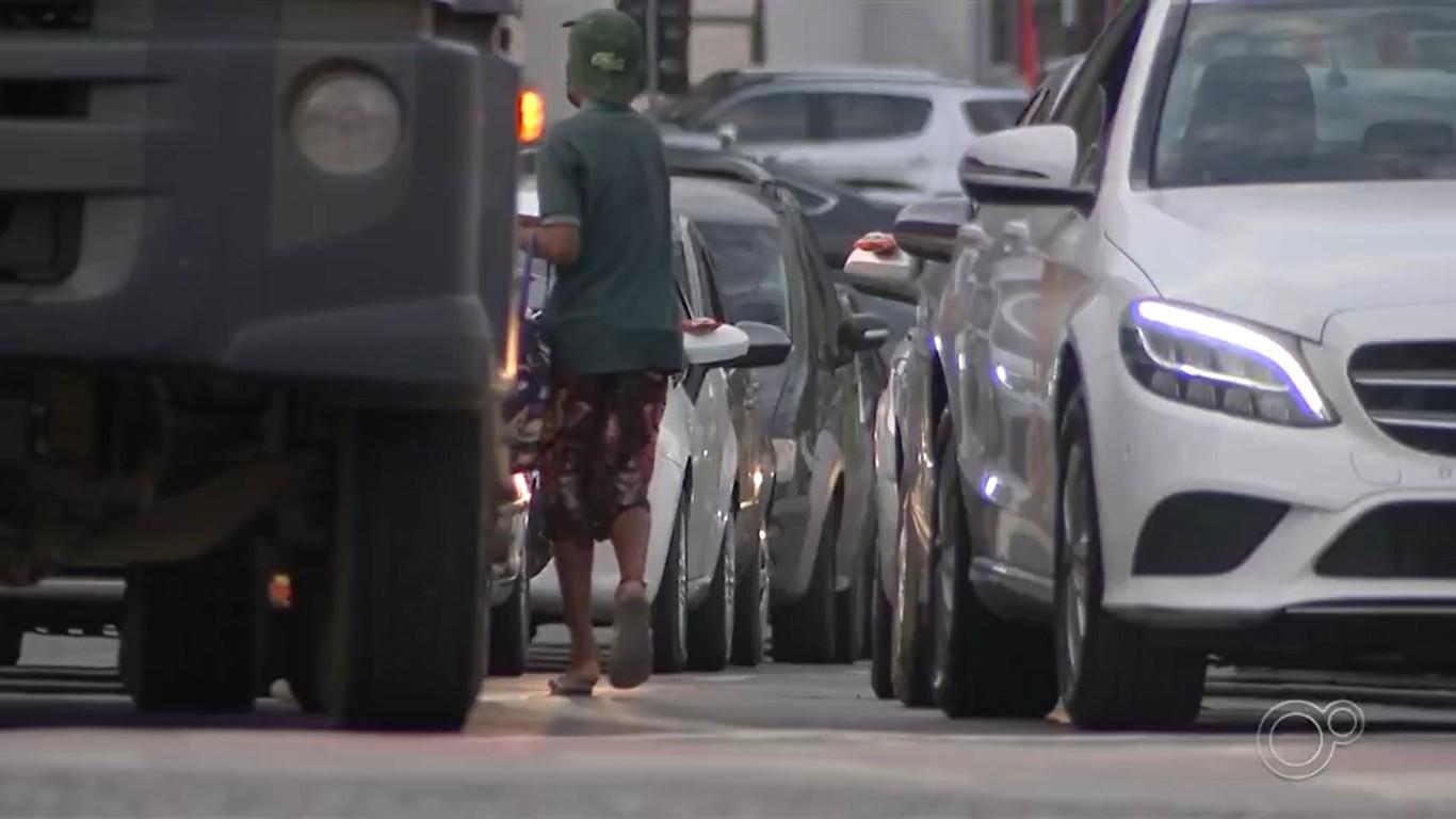 Casos de crianças em situação de trabalho infantil quase triplicam na pandemia em Porto Alegre