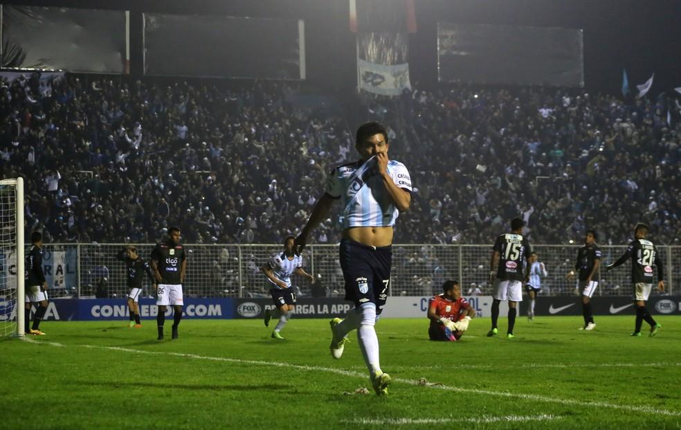 Luis Rodríguez, La Pulga  (Foto: Elias Correa/AFP)