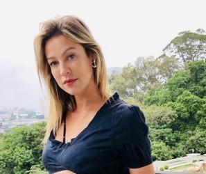 Sócia de brechó de luxo, Luana Piovani pede conscientização sobre capitalismo