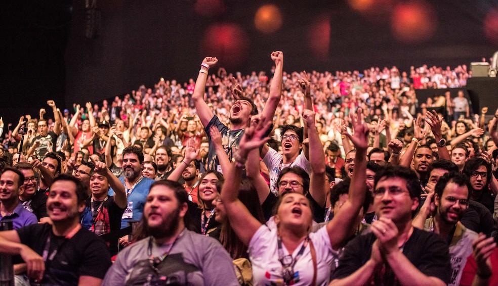 0da4cf4cdbb65 ... Público na edição de 2016 da Comic Con Experience — Foto  Divulgação