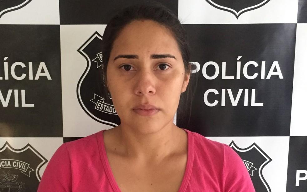 Inglide Rose Tavares de Moura, de 26 anos, foi presa suspeita de matar Nayara Xavier (Foto: Divulgação/Polícia Civil)