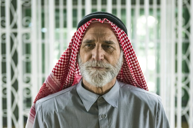 Herson Capri, o sheik Aziz de 'Órfãos da terra' (Foto: Paulo Belote/TV Globo)