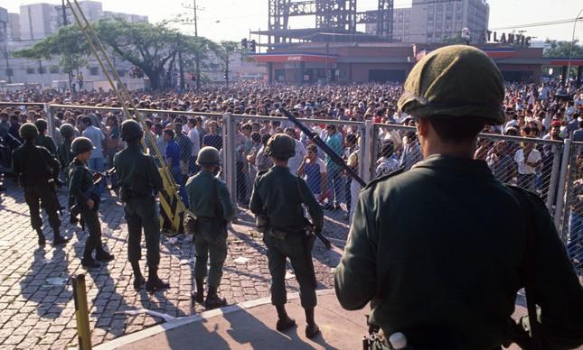 Em Volta Redonda, no Sul Fluminense, houve confronto entre Exército e metalúrgicos