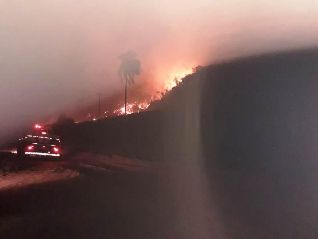 Incêndio em Itirapina já queimou mais de 600 hectares de vegetação na região do Passa Cinco