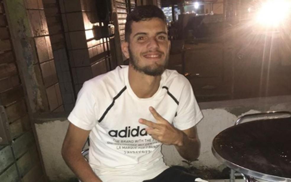 Goleiro do Íbis Sport Club, João Henrique faleceu depois de ser atropelado por ônibus no Recife (Foto: Reprodução/Instagram)