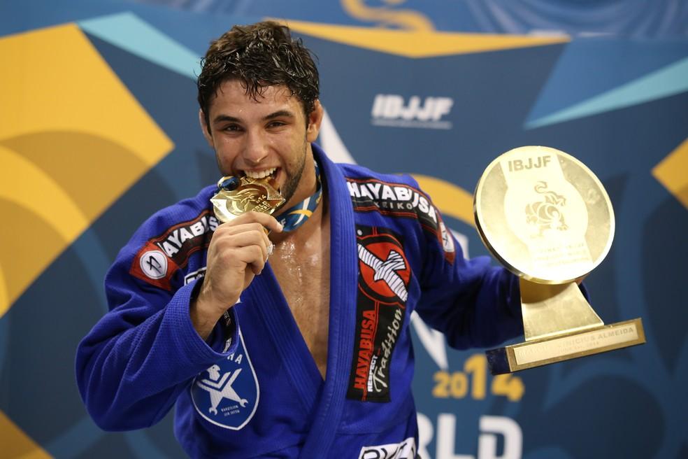 Marcus Buchecha fará sua estreia no MMA em fevereiro — Foto: Eduardo Ferreira/Divulgação