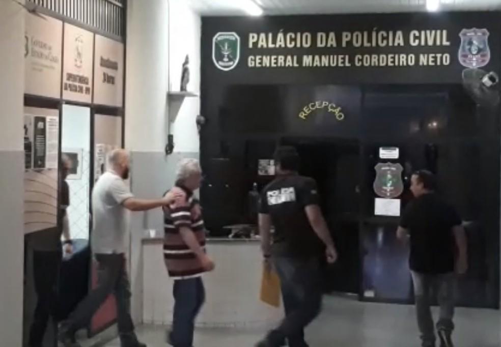Prefeito de Uruburetama é preso por suspeito de abusar de mulheres durante atendimento médico — Foto: Natinho Rodrigues/G1