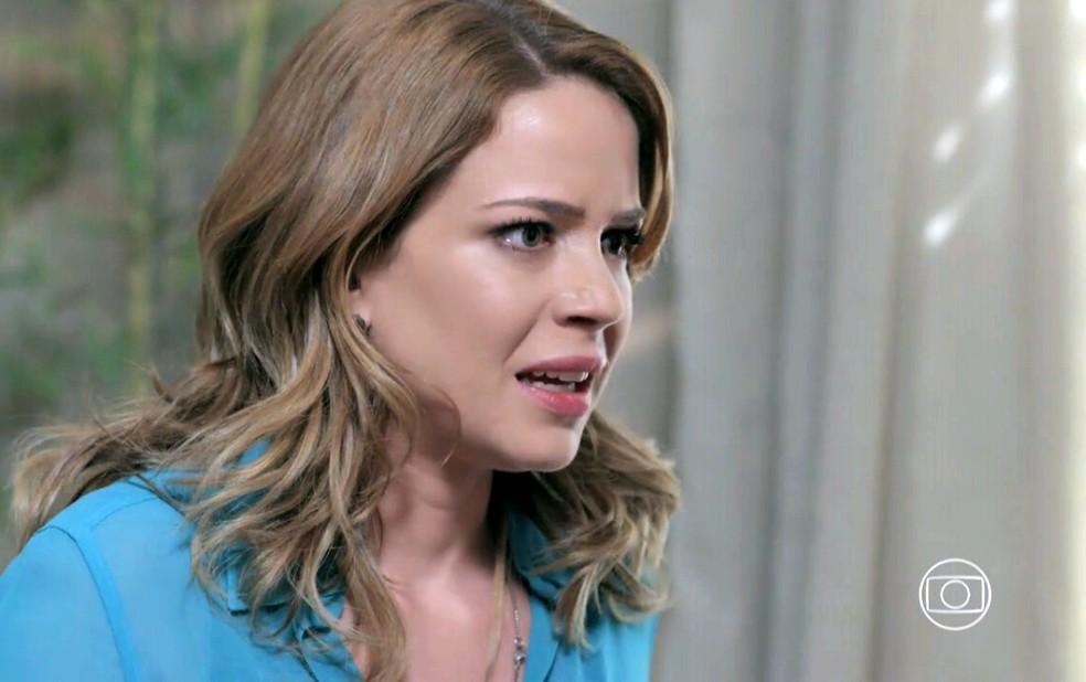 Cristina (Leandra Leal) fica surpresa ao encontrar nova versão de Cora - 'Império' — Foto: Globo