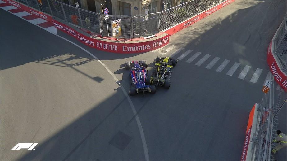 Após batida, Ricciardo diz que não viu Kvyat. Russo responde:
