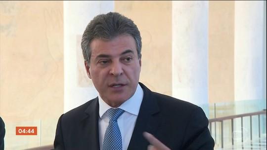 Ex- governador do PR, Beto Richa deixa a cadeia