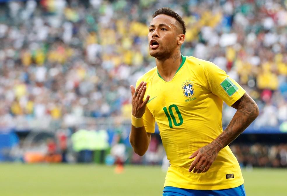 Neymar comemora primeiro gol brasileiro contra o México (Foto: Carlos Garcia Rawlins/Reuters)