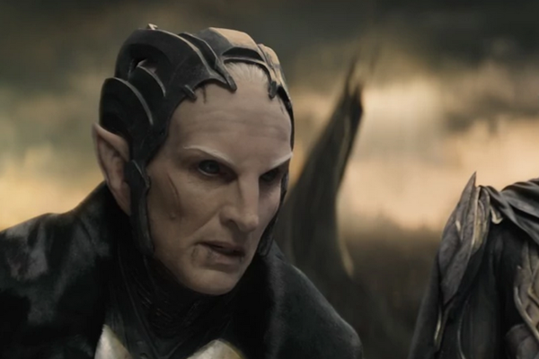O ator Christopher Eccleston como o vilão de Thor: O Mundo Sombrio (2013) (Foto: Reprodução)