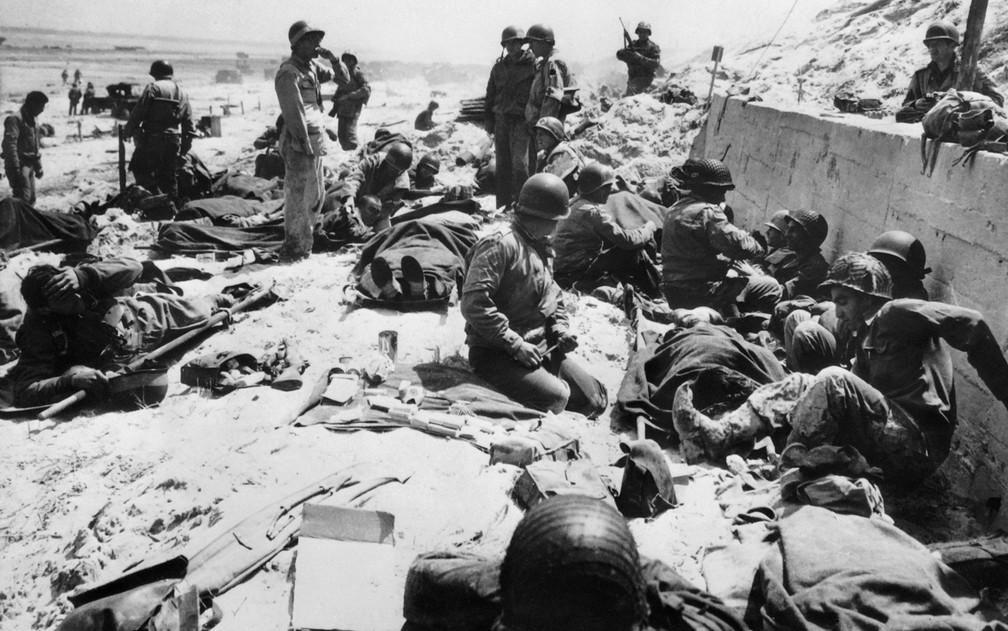 Milhares de soldados desembarcaram nas praias da Normandia, dando início à ofensiva final dos Aliados contra o nazismo — Foto: AFP