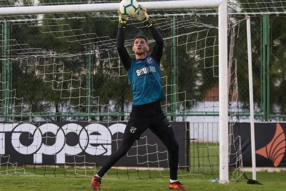 Lucas França, goleiro do Ceará — Foto: Felipe Santos/Cearasc.com