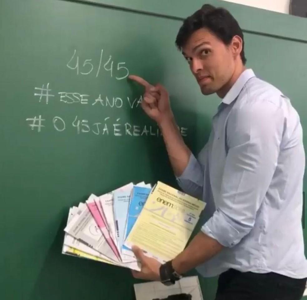 Frederico Torres, professor do DF, gabaritou a prova de matemática do Enem 2019 — Foto: Instagram