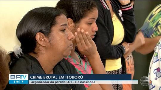 Ativista LGBT assassinado a facadas na Bahia é enterrado