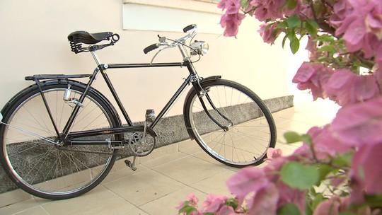 Revista conhece a bicicleta que figura uma das fotos mais antigas de Várzea Paulista