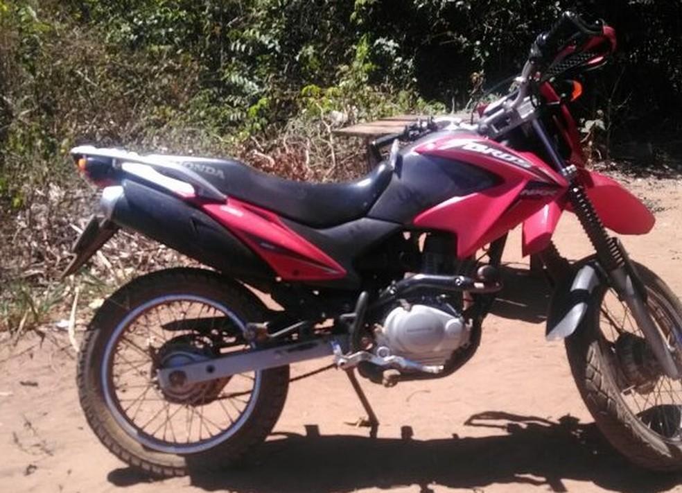 Motocicleta foi recuperada três dias após festa (Foto: Ibiapaba 24 horas)