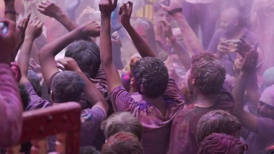 Festival das cores celebra a primavera na Índia
