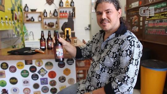 Gaitista baiano lança disco de blues em garrafa de cerveja artesanal; VÍDEO