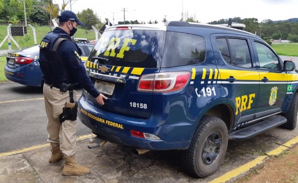 Apreensão foi feita pela Polícia Rodoviária Federal (PRF), no trecho da cidade de Poçõe — Foto: Divulgação/PRF