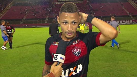 """Neílton diz que Bahia poderia fazer gol no Vitória de bola aérea: """"Infelicidade"""""""