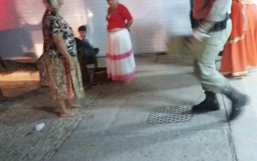 Quatro feridos foram levados para o Hospital do Oeste  (Foto: Ivonaldo Paiva/ Blogbraga)