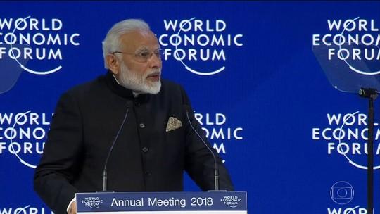 Fórum Econômico Mundial começa com críticas ao protecionismo