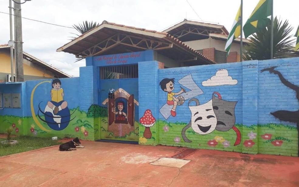 Escola Municipal de Educação Integral Retiro Do Bosque, em Aparecida de Goiânia (Foto: Silvio Túlio/G1)