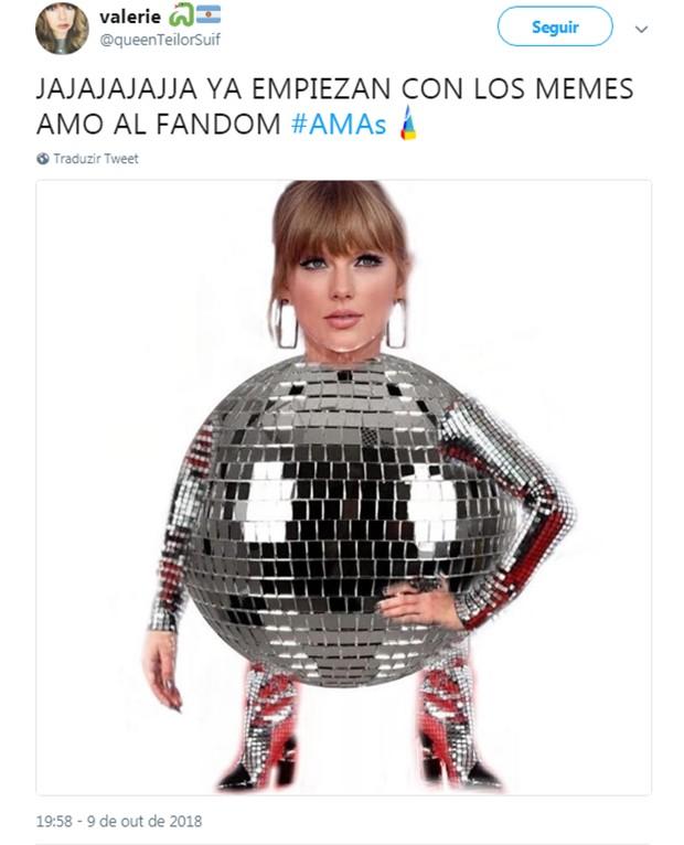 Look de Taylor Swift vira meme (Foto: Reprodução/Twitter)