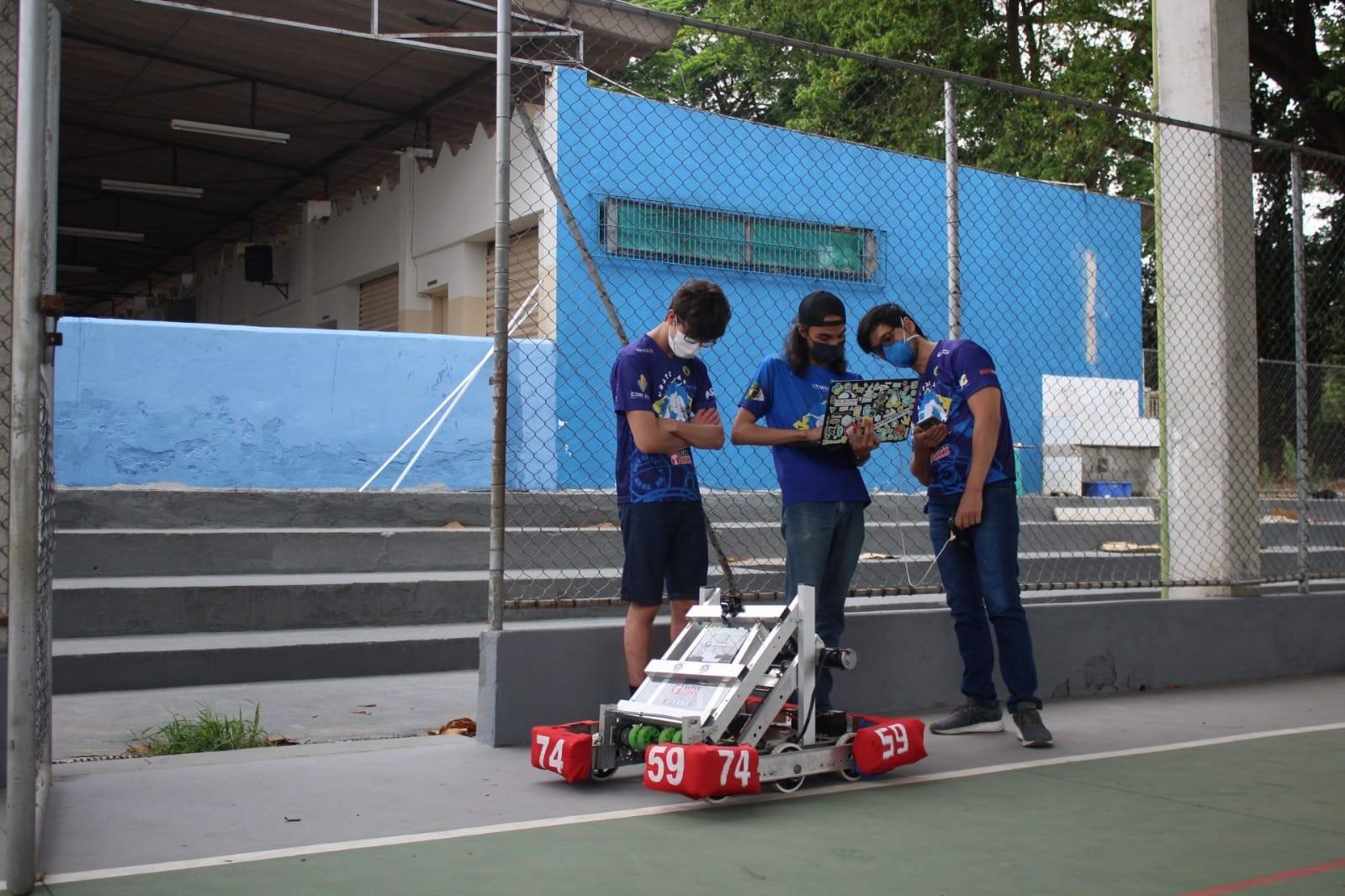 Equipe de robótica tem inscrições abertas para 40 vagas em Taubaté