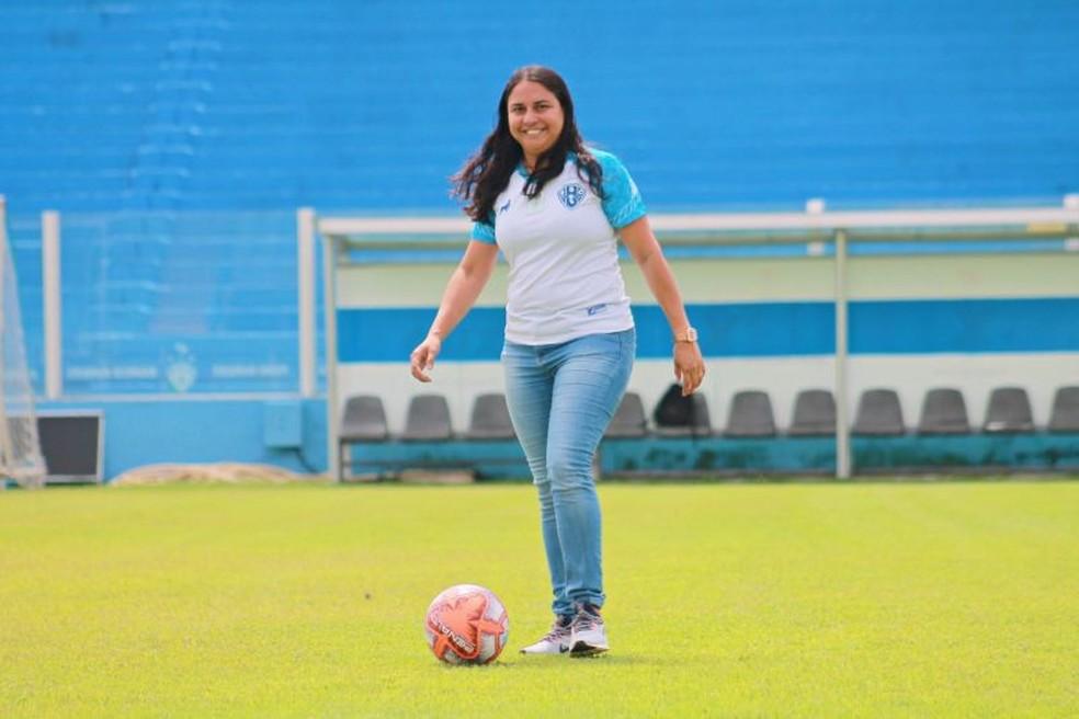 Aline Costa é a responsável pela Diretoria de Futebol Feminino do Paysandu — Foto: Ronaldo Santos/Paysandu
