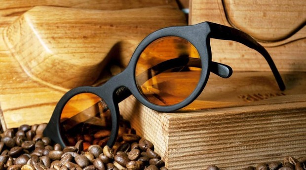 As lentes contam com revestimento que as tornam repelentes à água e à sujeira (Foto: Reprodução: Facebook)
