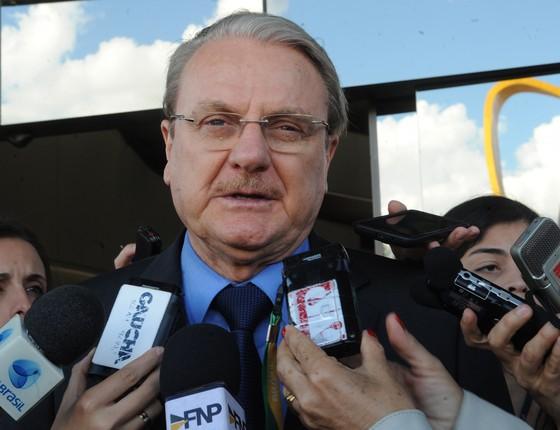 Márcio Lacerda, prefeito de Belo Horizonte, após reunião com a presidente Dilma Rousseff, em Brasília, nesta segunda-feira (24) (Foto: José Cruz/ABr)