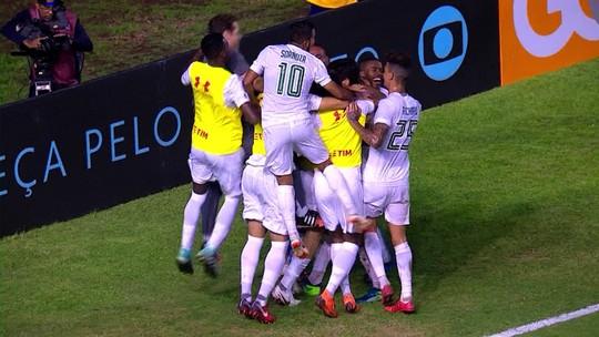"""Junior Dutra celebra estreia com passe para gol e põe fé em parceria com Pedro: """"Se sem ter treinado já deu certo..."""""""