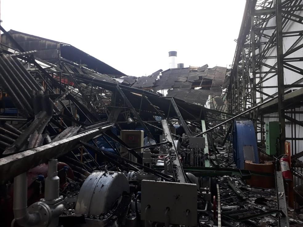 Desabamento na Usina Trapiche ocorreu na madrugada deste domingo (21) — Foto: Reprodução/WhatsApp