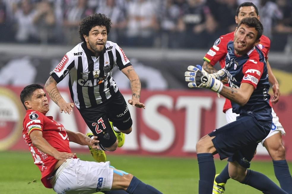 Atlético-MG não conseguiu furar o bloqueio do Jorge Wilstermann no Mineirão (Foto: Twitter/Mineirão)