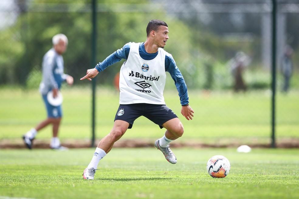 Darlan se consolida em momento de evolução do Grêmio — Foto: Lucas Uebel/DVG/Grêmio