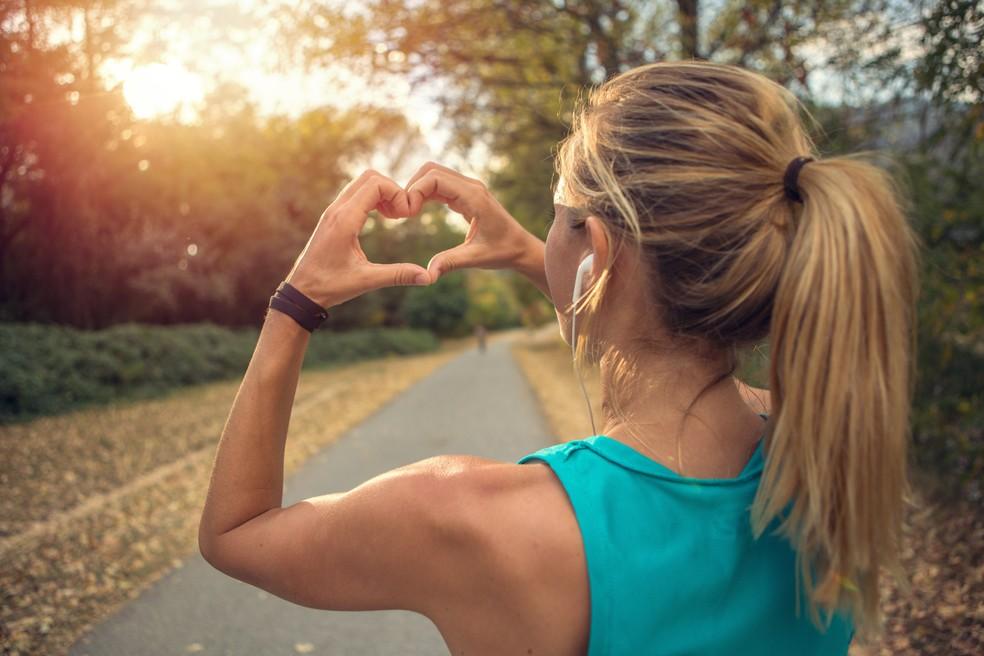 Levar uma vida mais ativa fisicamente é um dos pontos a serem alcançados — Foto: iStock Getty Images